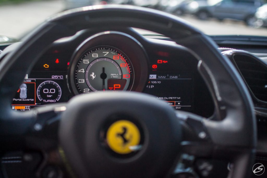 Ferrari Intérieur